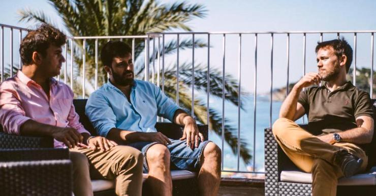 Tres lloretencs impulsen una associació de viles de luxe que pretén abastar tot el territori català