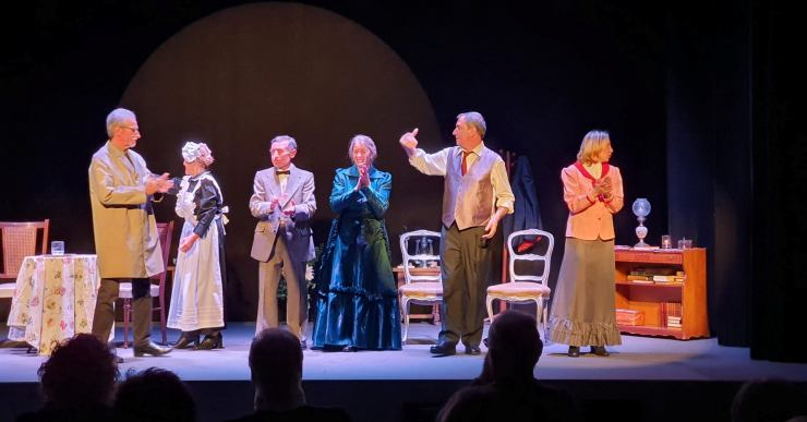 'Llum de gas' és l'obra de teatre que la companyia La Magnòlia porta a Lloret aquest diumenge