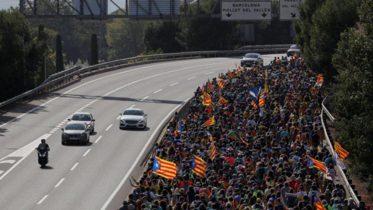 L'alta demanda obliga ERC de Lloret a muntar un tercer bus per anar a la gran manifestació de Barcelona