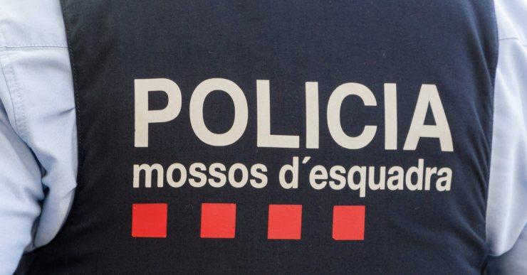 Detenen un jove de Lloret, acusat de dos delictes de robatori amb força a Blanes