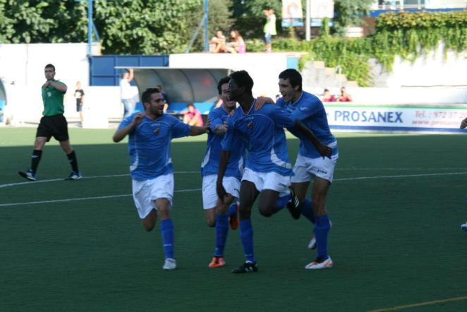 L'exjugador del Lloret Nuha fa el gol que puja al Llagostera a Segona Divisió A
