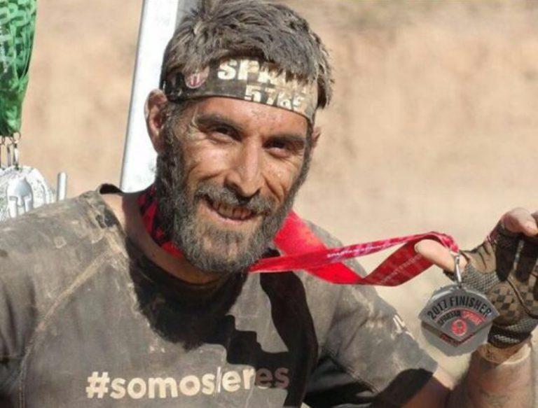 Oscar Palmero farà la Night Trail, tot i caminar encorbat fins als 90 graus