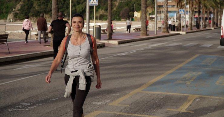 L'Ajuntament talla la circulació de vehicles al passeig per afavorir que els vianants puguin mantenir les distàncies