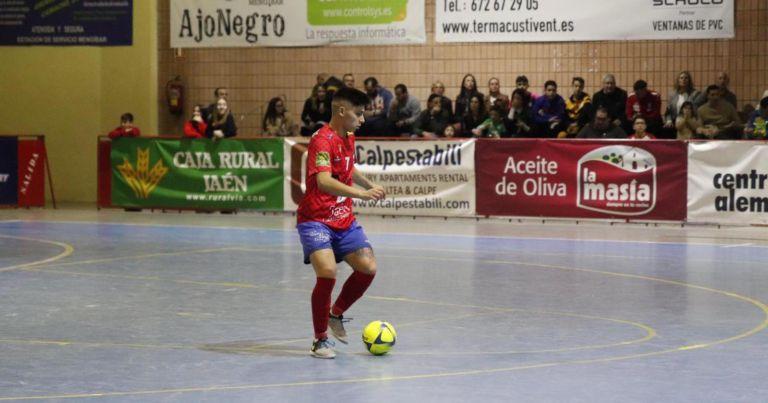 El lloretenc Pedro Flores afronta el seu segon any com a jugador professional de futbol sala a l'Atlético Mengíbar