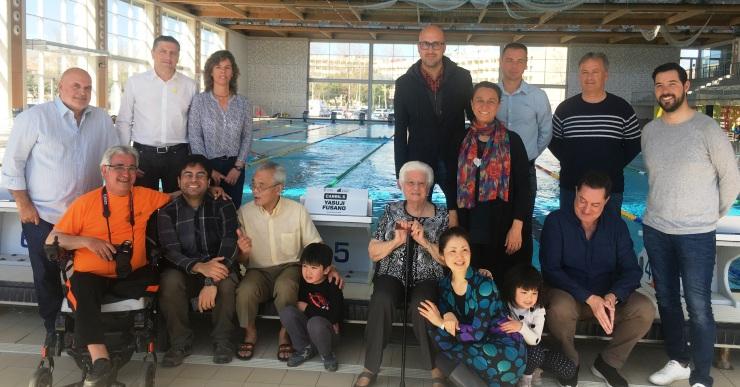 Autoritats, membres del club i familiars de Yasuji Fusano (NRLL)