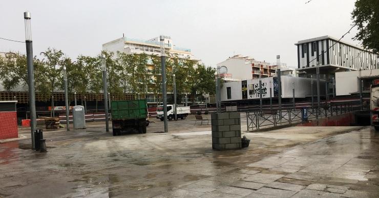 S'han reobert la plaça Pere Torrent i l'aparcament soterrat i les obres queden aturades fins a l'octubre