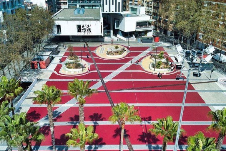 Sis originals escultures completaran la remodelació de la plaça Pere Torrent