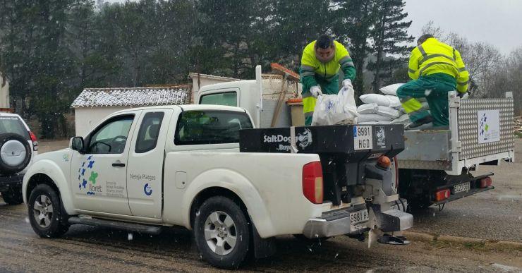Protecció Civil tira quatre tones de sal a les urbanitzacions per sobre de la cota 200
