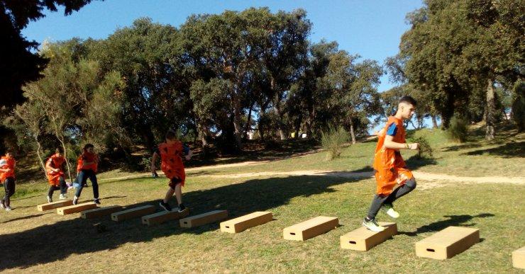La 2a edició de la cursa d'obstacles 'Unint Forces' arriba aquest diumenge per commemorar el 8-M