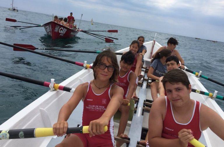 Un dels cadets del club de rem Santa Cristina guanya la regata de Mataró