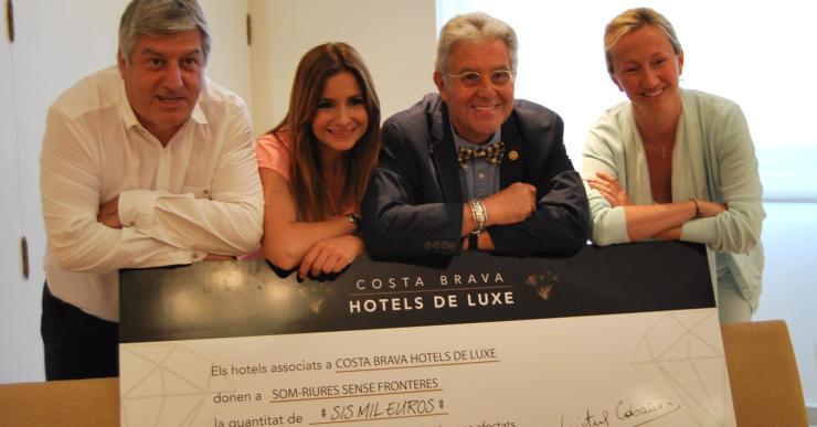 Costa Brava Hotels de Luxe entrega 6.000 euros a Som-riures Sense Fronteres