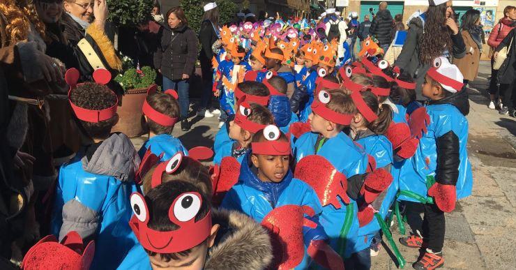 Les rues escolars, novetat d'aquest any, han donat el tret de sortida al Carnaval