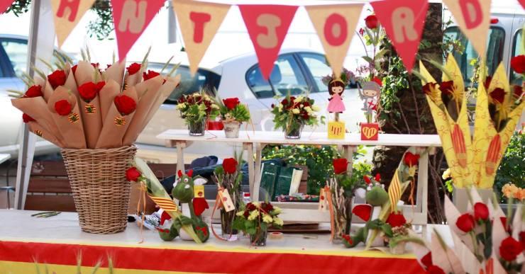 Sant Jordi molt concorregut pel bon temps i per caure en diumenge