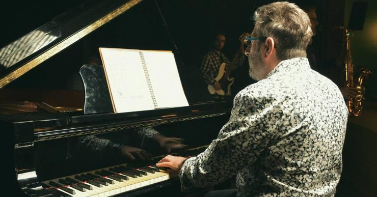 Els Amics de la Música organitzen una sessió d'apreciació musical amb el compositor Sergio Fidemraizer