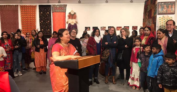 Les dones del Club de Lectura Fàcil organitzen una sèrie d'activitats relacionades amb l'Índia