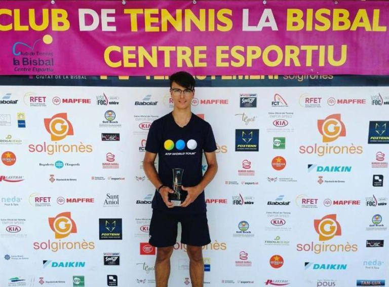 Martí Sais (Club Tennis Lloret), campió de la categoria cadet en la competició a La Bisbal