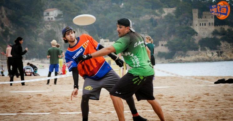 El Torneig internacional de Frisbee de Lloret de Mar arriba a la 15a edició
