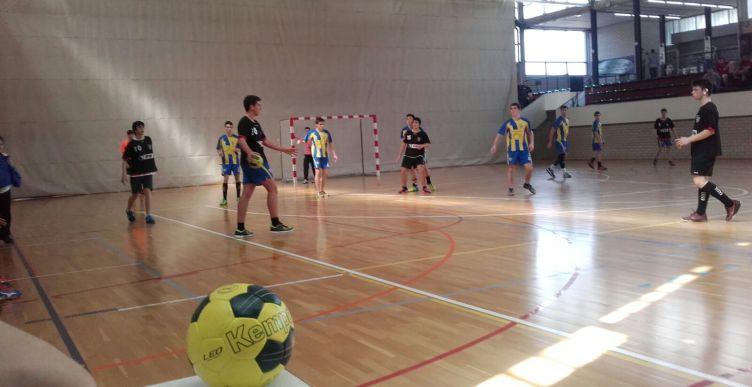 900 jugadors aquests dies al torneig d'handbol Vila de Lloret – Valero Rivera