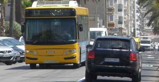 Se suspèn la presentació de propostes al concurs de transport urbà