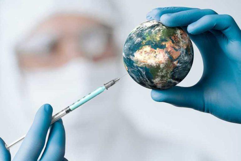 Els Mossos alerten d'una onada d'estafes amb les vacunes contra la Covid-19