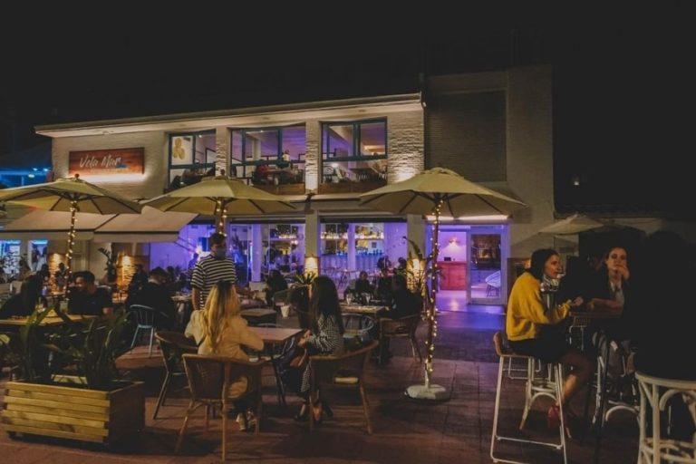 Bars i restaurants ja poden obrir fins a la una de la matinada