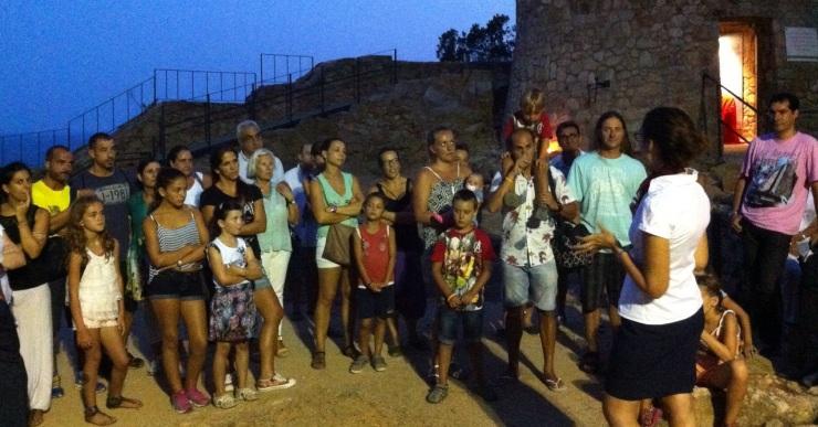 Les visites teatralitzades al castell de Sant Joan, divertides i amenes