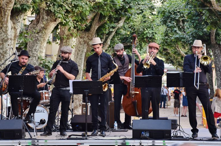 Un repàs a la història del jazz i swing, amb un espectacle molt dinàmic