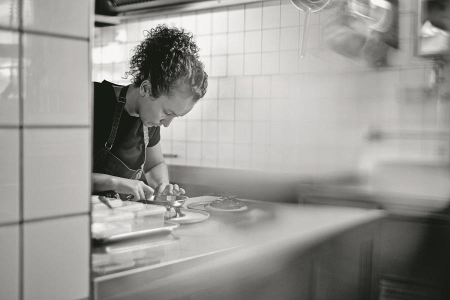 Zineb Hattab, a la seva cuina (Kle Restaurant)